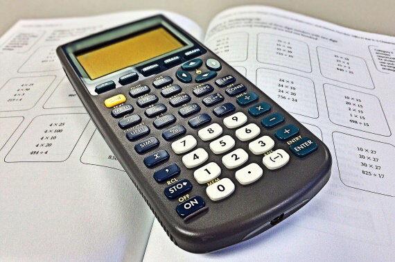 Kalkulačka exekuce na dávky pěstounské péče – odměna pěstouna a další