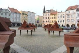 Jako ve všech větších městech, i v Českých Budějovicích působí několik nebankovních úvěrových společností, takže je určitě z čeho vybírat.