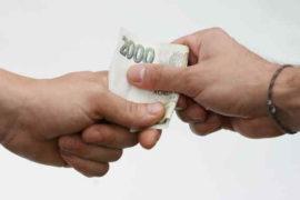 Potřebujete rychle půjčit peníze? Tato rychlá půjčka, vám je nabízí peníze ještě dnes, klidně i v hotovosti na ruku. Půjčka může být až do 30 000 Kč (pro nové klienty jen maximálně 5 000 Kč). Předpokladem pro schválení úvěru, je alespoň nějaký minimální pravidelný příjem (dokládá se).